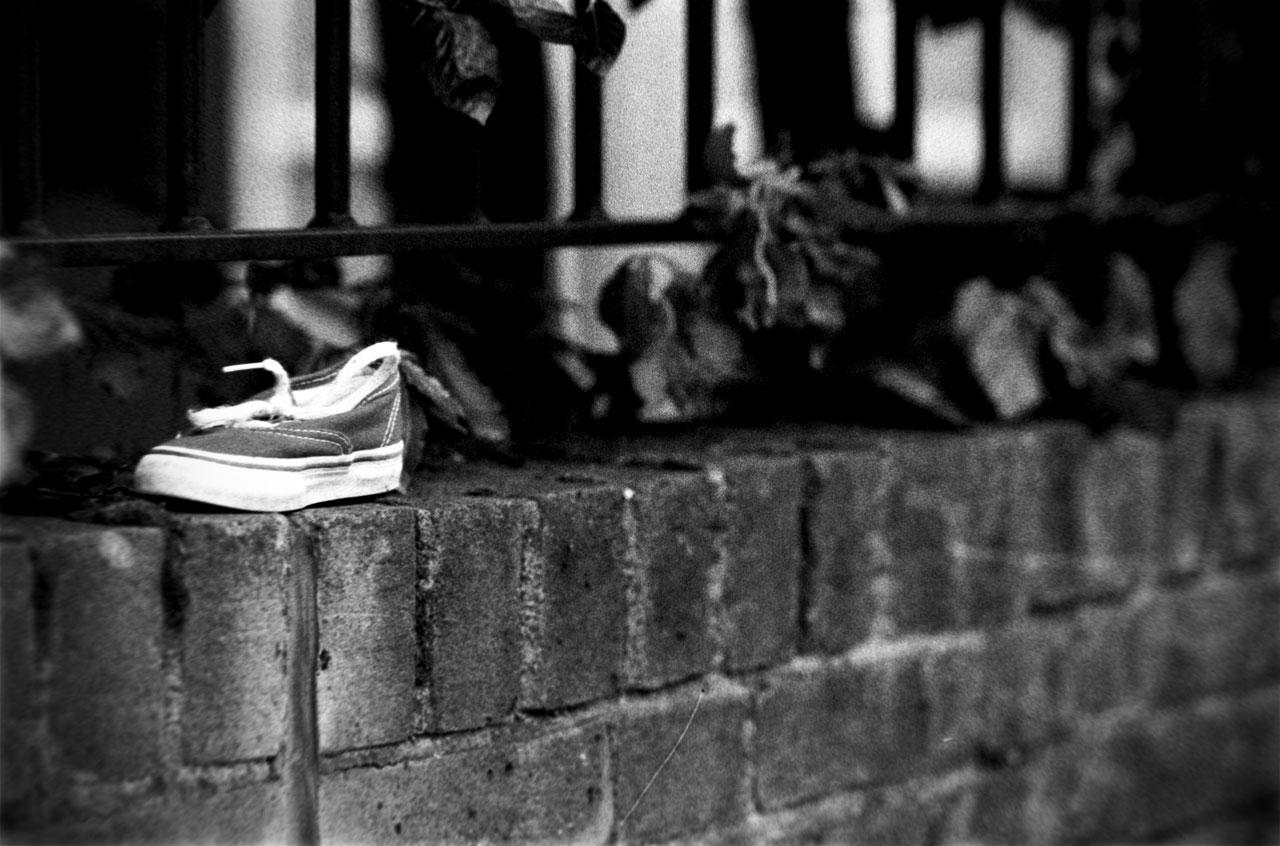 Lost sneaker